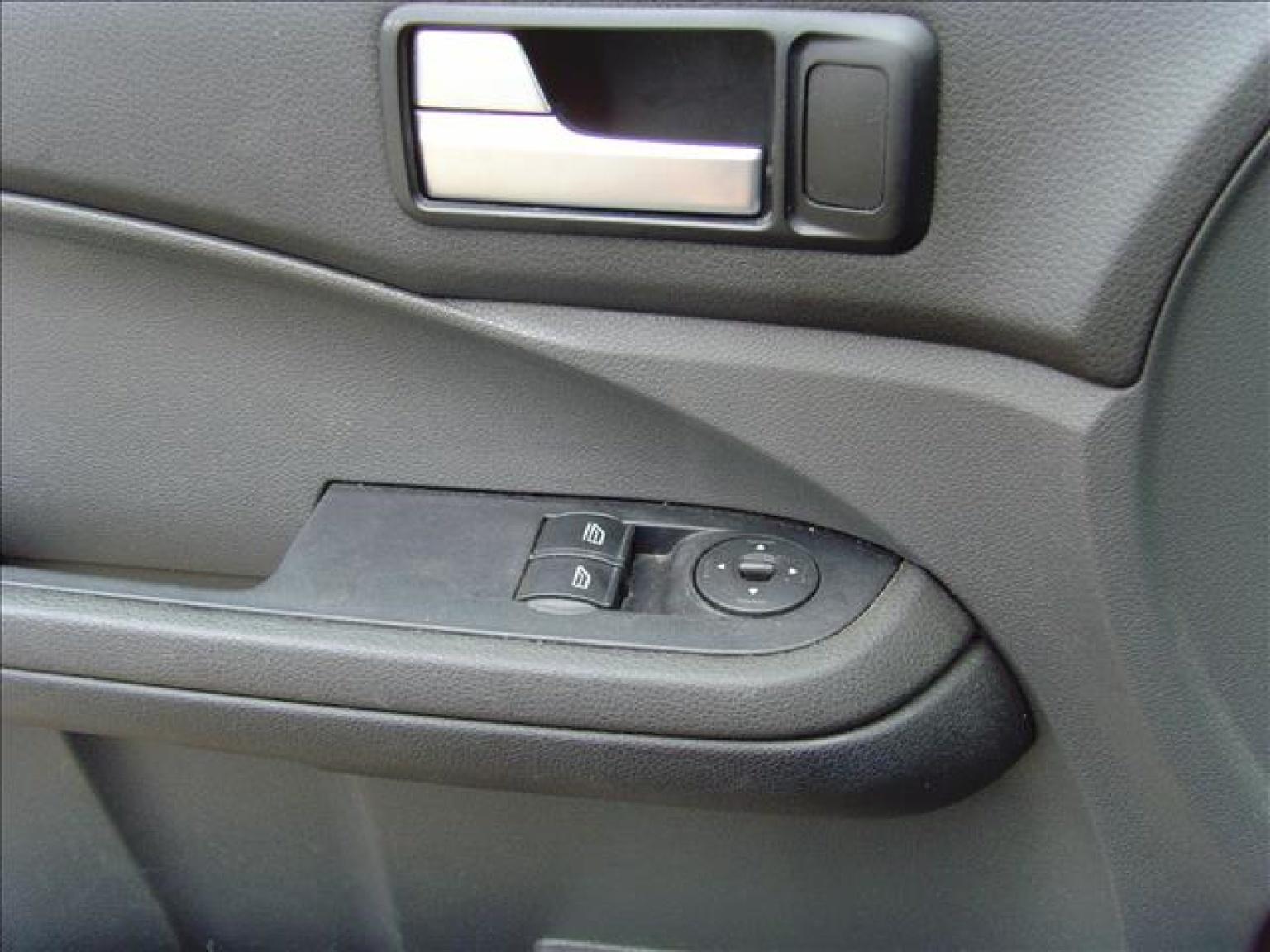 Ford-Focus C-MAX-16