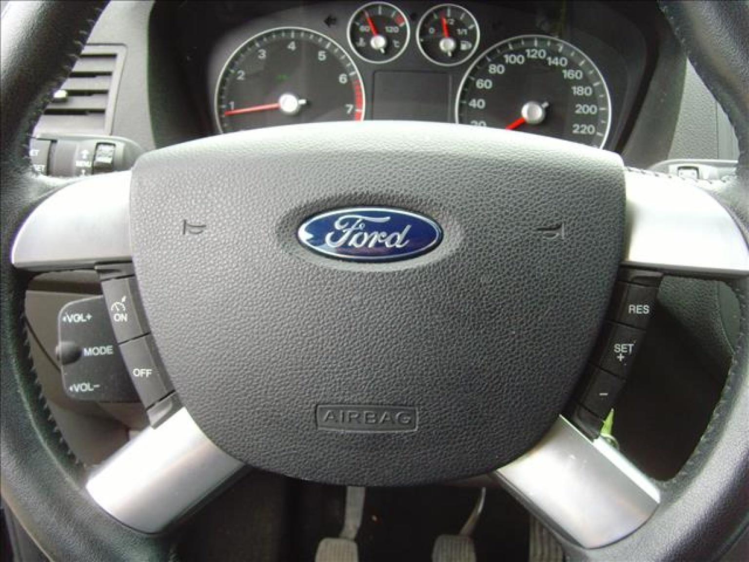 Ford-Focus C-MAX-14